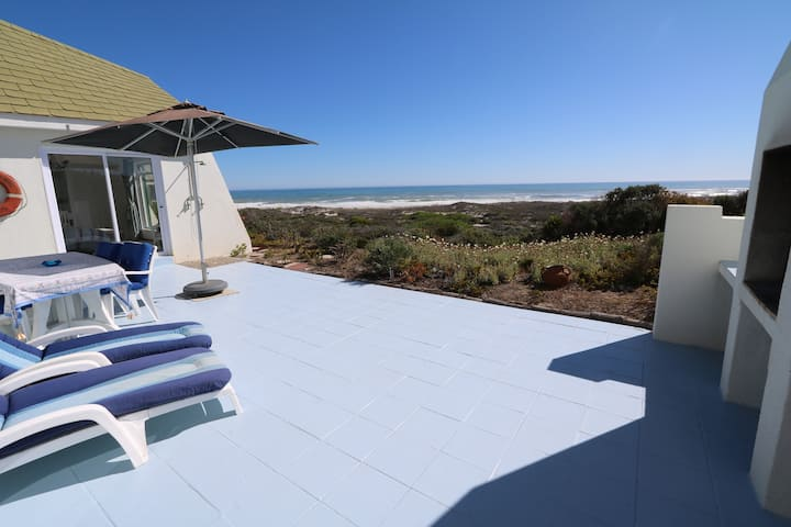 3 Bed Beach House with Ocean view Private Reserve