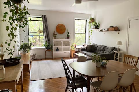 Amazing Master Bedroom in Historic Brooklyn