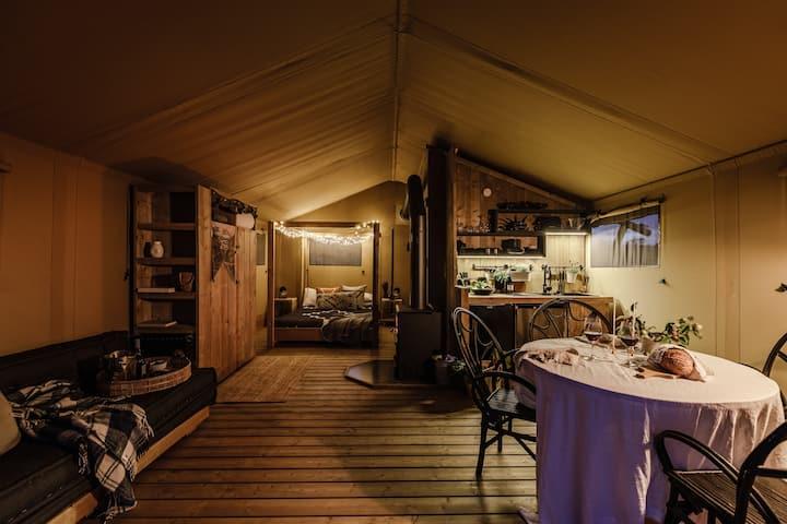 Nashdale Lane Glamping Cabin 'Kalmte'