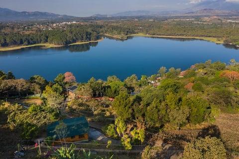 Cabaña con vista a Laguna del Pino