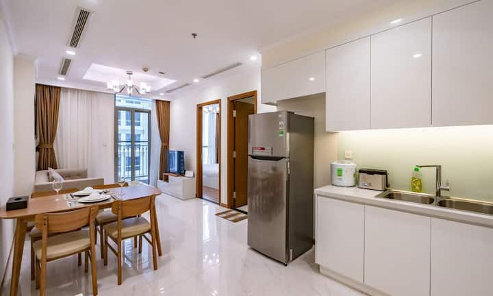 Vinhomes Central Park- Enjoyable Apartment