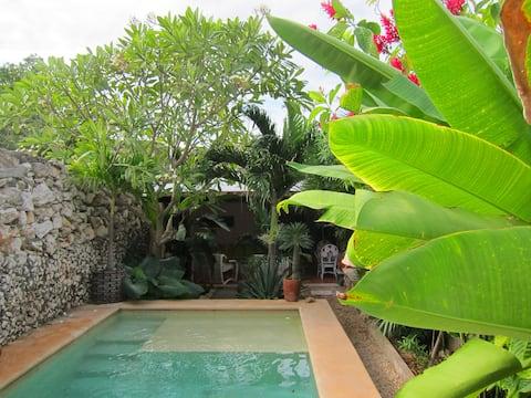 ¡Casa entera con piscina en una ubicación perfecta!