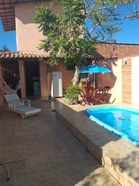 Casa em Iguaba Grande com churrasqueira e piscina