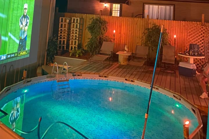 Disinfected 2 Bed 1.5ba with JACUZZI. near DT