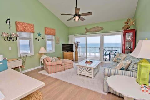 Oceanfront 1BR condo, million dollar views!