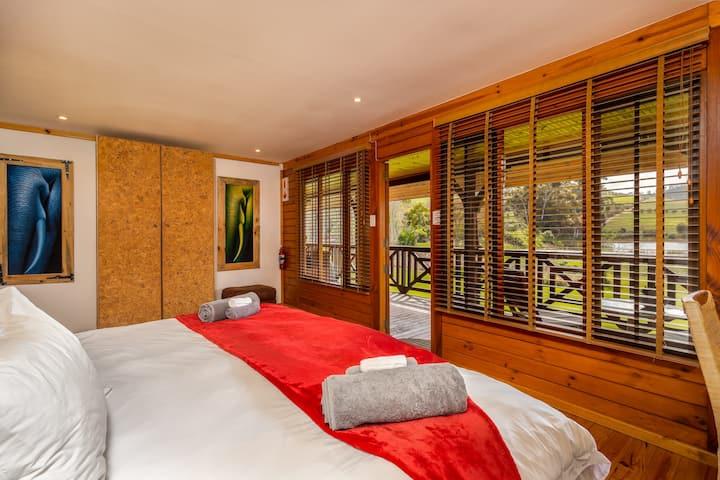 The Cork Room @ The Log Cabin, Stellenbosch