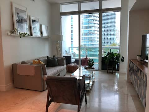 1bd Apt ★ Quiet Building ★ High Speed Internet