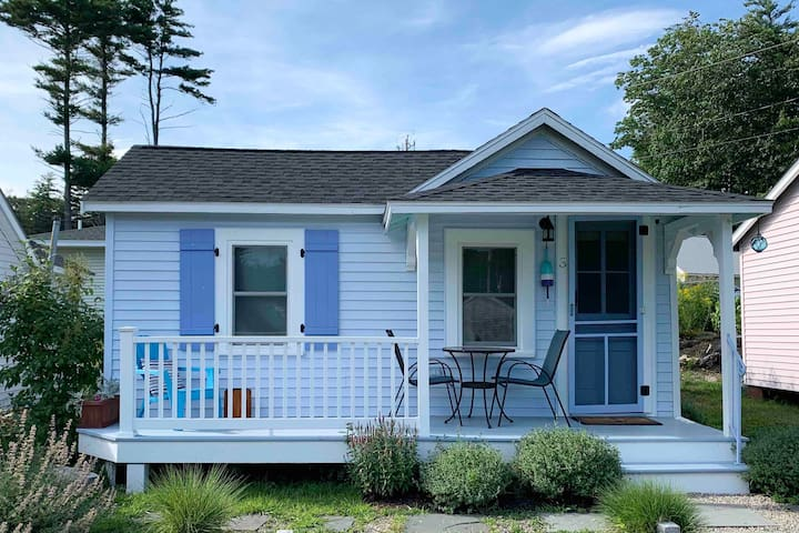 The Maine Blueberry Cottage is a Perfect Getaway