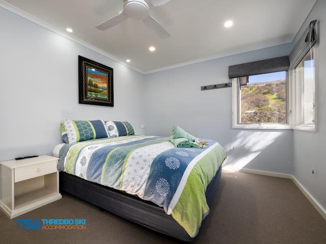 Bedroom 1 level 3 - With Queen bed.