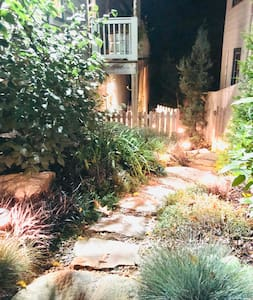 Bright motion activated lights and pathway lights assist with navigating the uneven granite steps and pebble path. If you have trouble with balance or walking, we recommend booking with another airbnb that will be better suited for your needs :)
