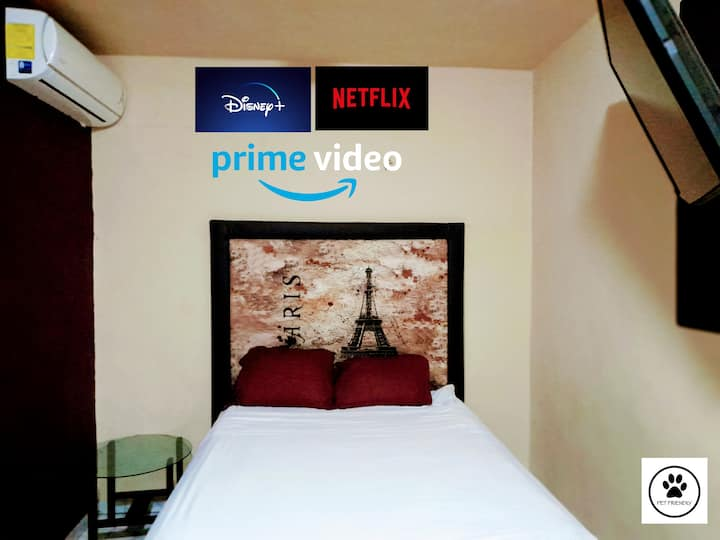 París Room ( Aeropuerto a 4 minutos)