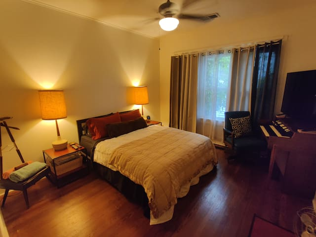 private one bedroom with plush memory foam bed and big 4k flat screen