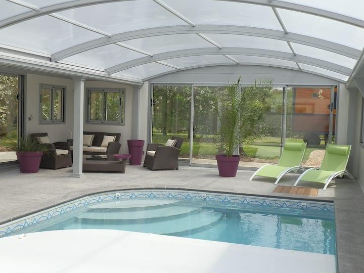 Caravan, Jacuzzi, swimming pool chauffee SAUMUR