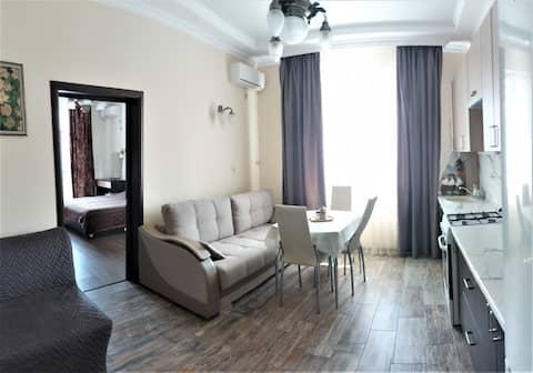 *Красивая уютная квартира с видом на море