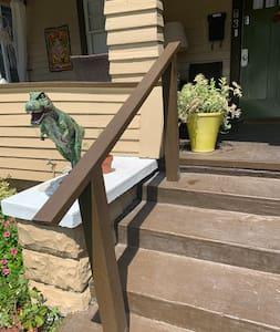 Railing to climb stairs