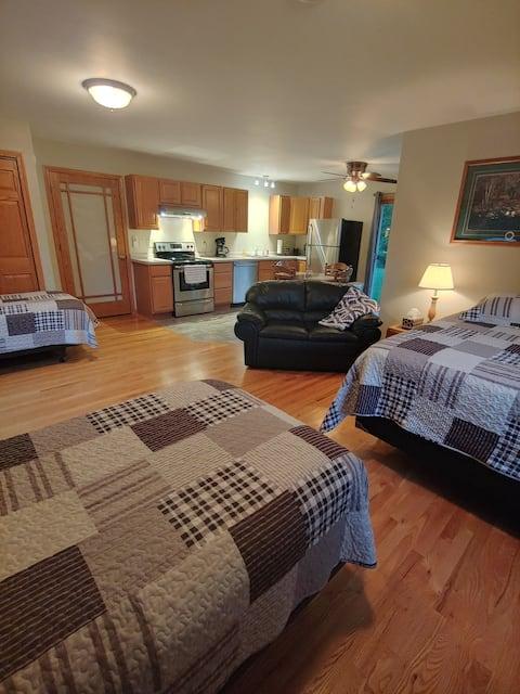 Quiet Country Guest Suite