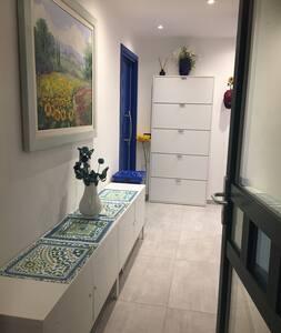 Corridoio di ingresso all appartamento