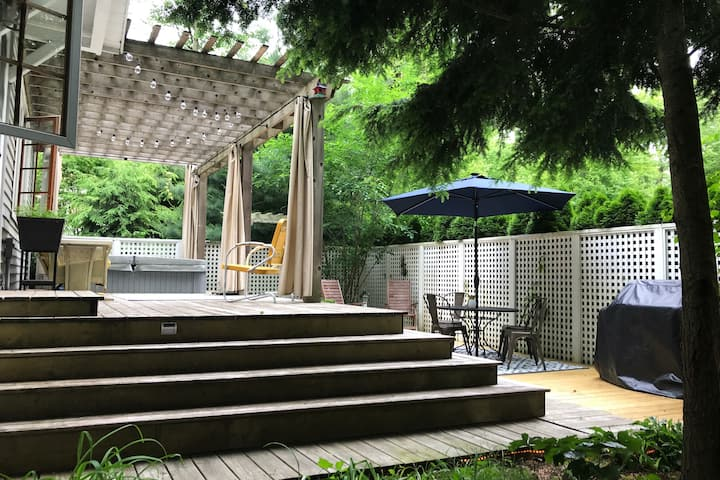 """MaconoCottage - Perfect """"WeWork"""" relaxation spot!"""