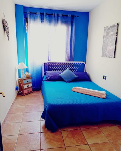 """ Peace&Love Room"" Centro/playa/comfort & RELAX"