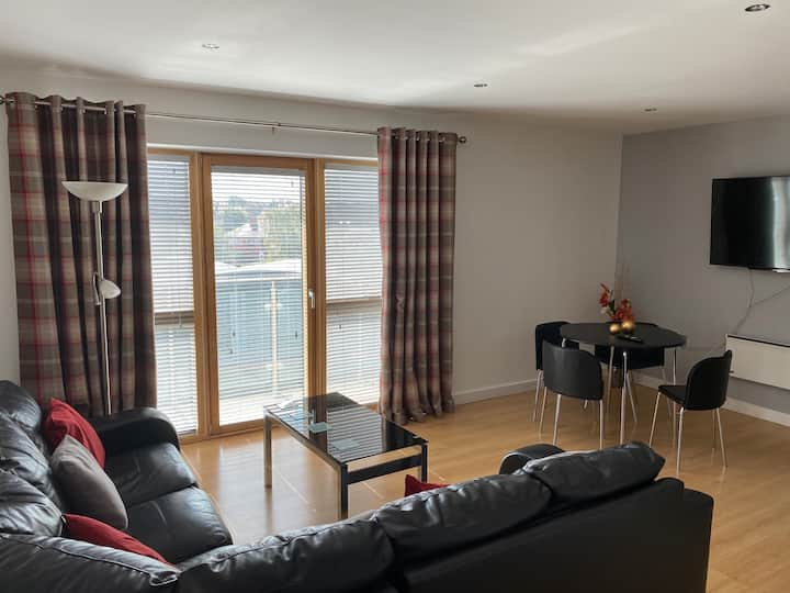 Deluxe Large Apartment Opposite Hepworth Gallery