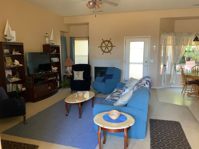 Welcome to the Captains Cottage of Ione We are pleased to have you stay with us!