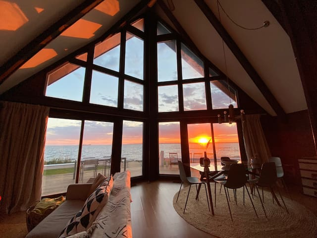 A-Frame cabin with private beach & epic sunsets