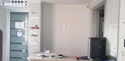 B&B LAMEZIA AIRPORT ST. 2  no breakfast