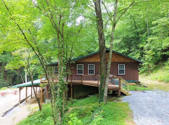 Bear Creek Cabin near Clemson, Brevard, Cashiers