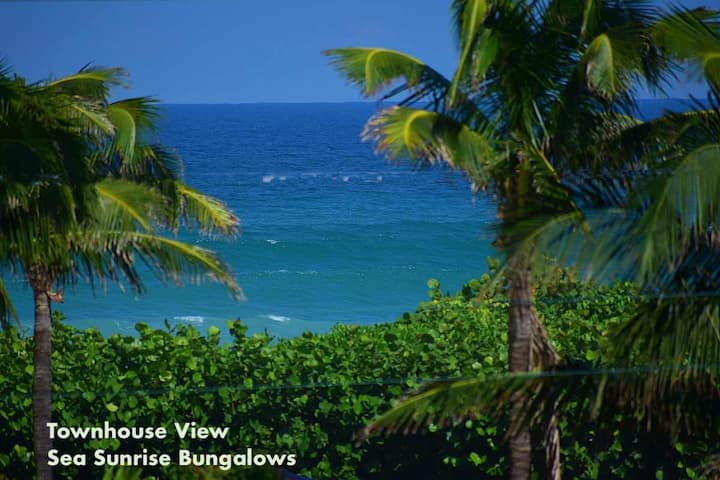 Direct Ocean View Townhouse. Juno Beach Bungalows