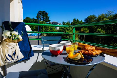 -LE COSY- BALCON PARKING PRIVÉ CONCARNEAU CENTRE