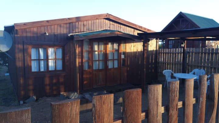 Rustic cabin 4 people 300 m from the beach