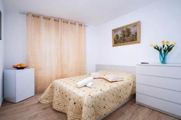 Уютная комната в центре Дении, рядом с морем №1