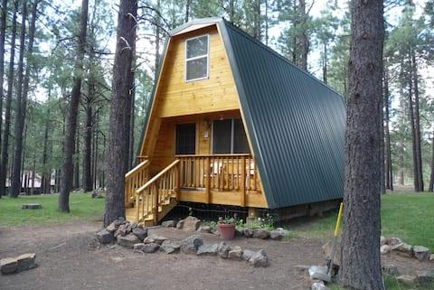 Rustic Rim Hideaway Cabin #3 (2Br)