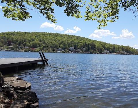 The Lake House At Historic Harveys Lake
