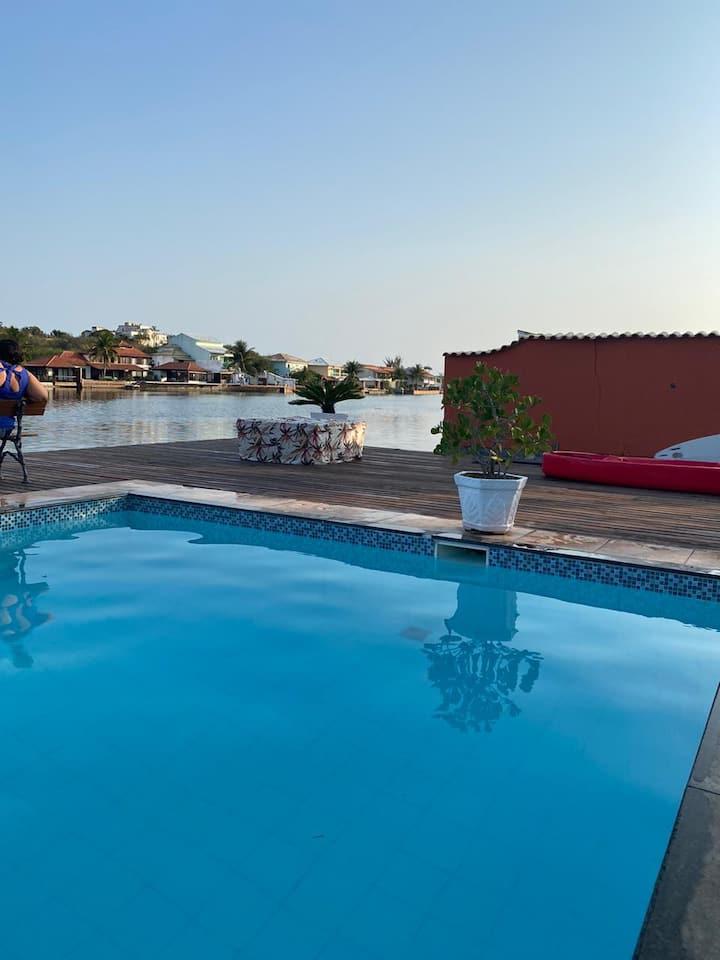 Casa Cabo Frio com Vista canal Super confortável