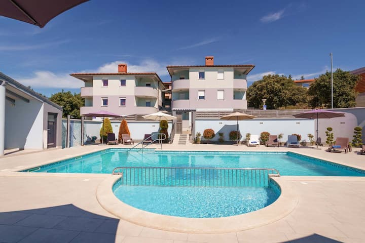 Apartment Betiga 3 with common swimming pool
