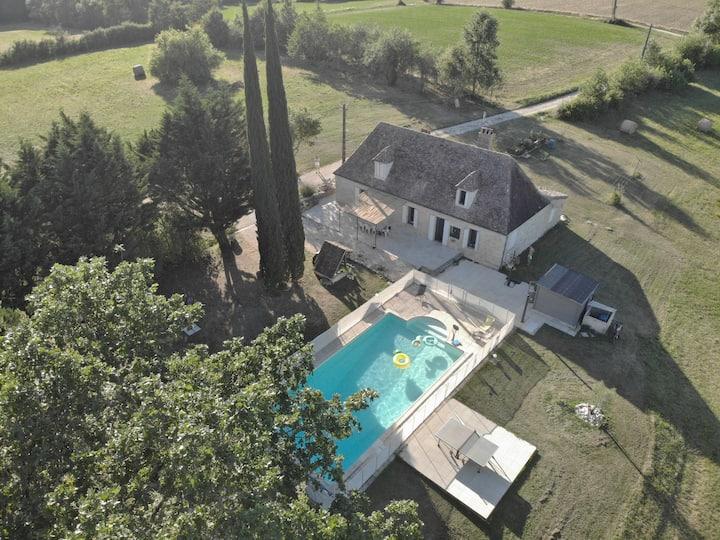 Maison pierres proche Issigeac & Bergerac, piscine
