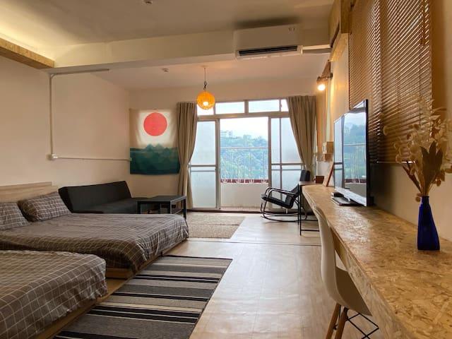 新增 D房: 四人山景獨立衛浴套房  備有:50吋電視/冷暖空調/電扇