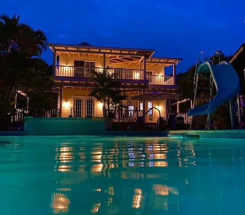 Dom pri jazere Dulce, Izabal, Guatemala