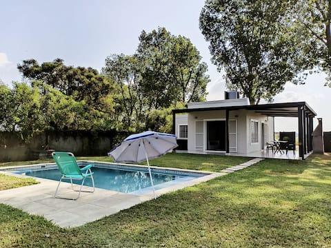 ALQUILO hermosa Casa Quinta Km 11 Ruta 1