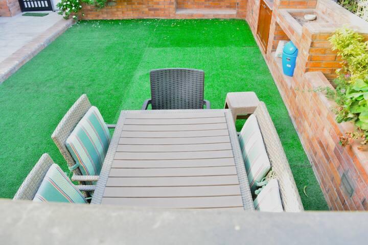 Hanadays Inn- 2 Bedroom Garden