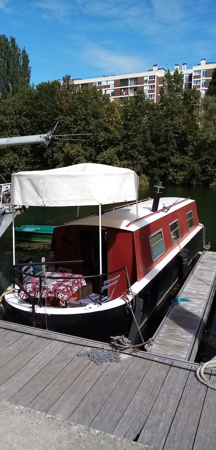 Floating studio 14m² (narrow boat)