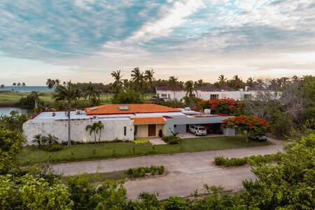 Espectacular Casa Tres Vidas Playa/Lago sanitizada