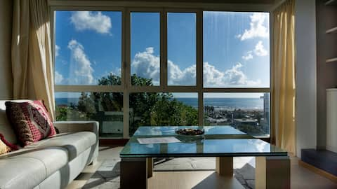 Wonderful penthouse with sea view