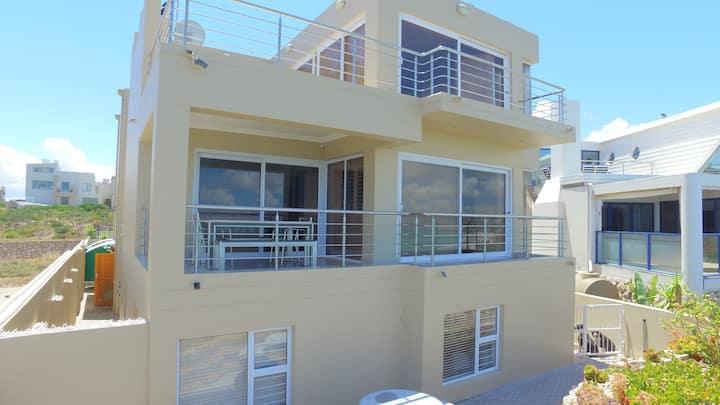 Azul Coastal Tours & Accommodation