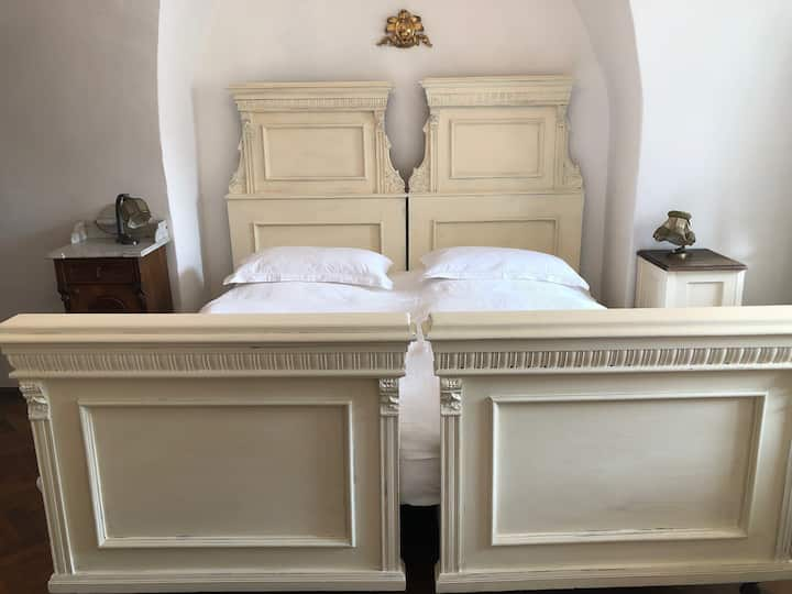 Guest suite in the organ builder's house
