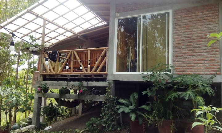 house in ayampe hill, sorrounded by nature.
