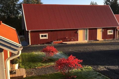 Cozy 17th Century barn - 35 minutes from Jönköping