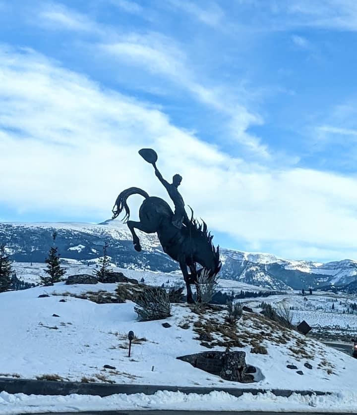 Beautiful mountain condo in great location!