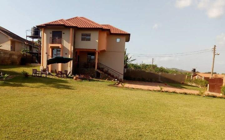 Likizo Villa  (near Ashesi & Aburi) - Accra